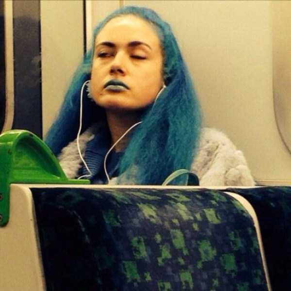 strange-people-in-subway (18)