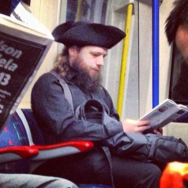 strange-people-in-subway (19)