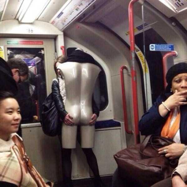 strange-people-in-subway (21)