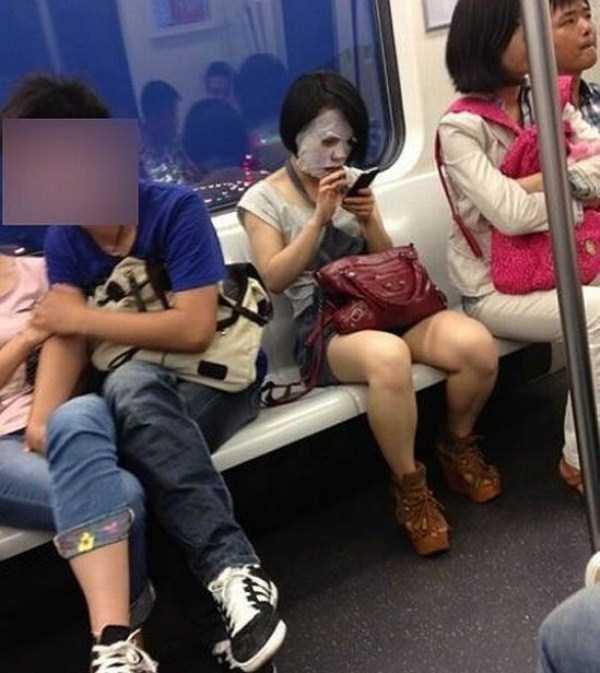 strange-people-in-subway (6)