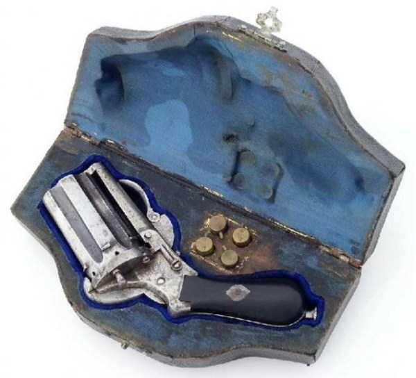 vintage-19th-century-revolver-10