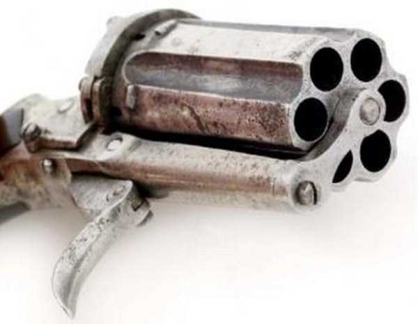 vintage-19th-century-revolver-2