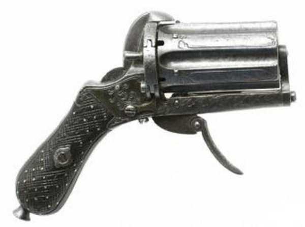 vintage-19th-century-revolver-3