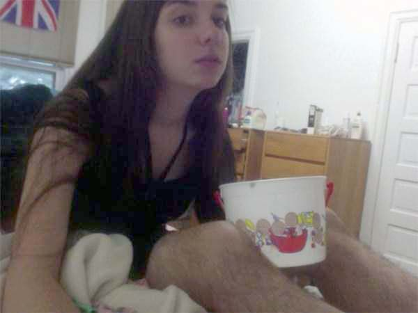 women-showing-off-their-hairy-legs-7