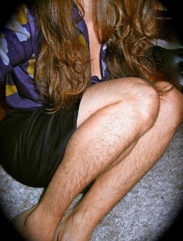 women-showing-off-their-hairy-legs-9