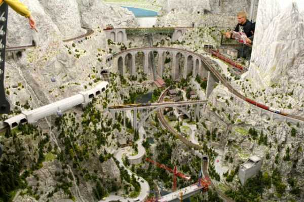 Probably The Best Model Railway You've Ever Seen (32 photos) 2