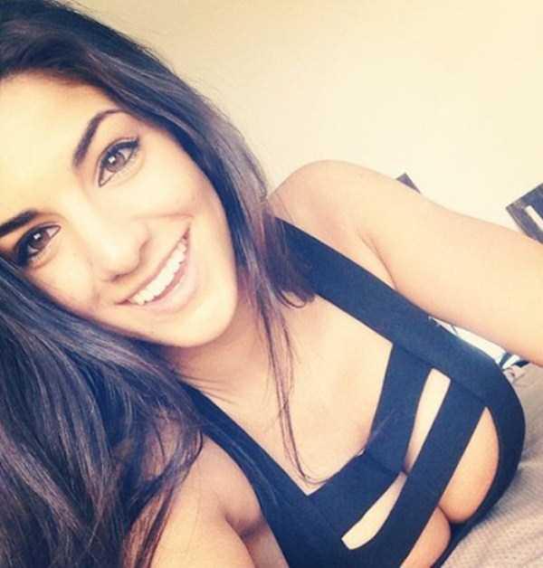 beautiful-girls-selfies-10