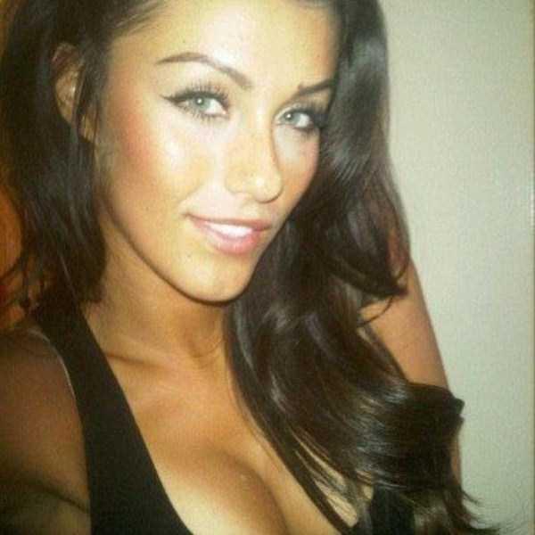 beautiful-girls-selfies-13