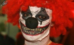 These Creepy Clowns Will Haunt Your Dreams (43 photos) 15