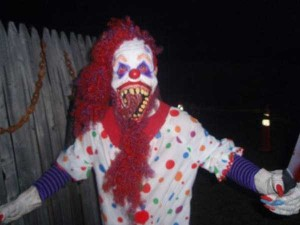 These Creepy Clowns Will Haunt Your Dreams (43 photos) 5