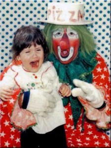 These Creepy Clowns Will Haunt Your Dreams (43 photos) 6
