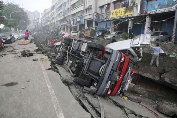 gas-explosion-in-taiwan (33)