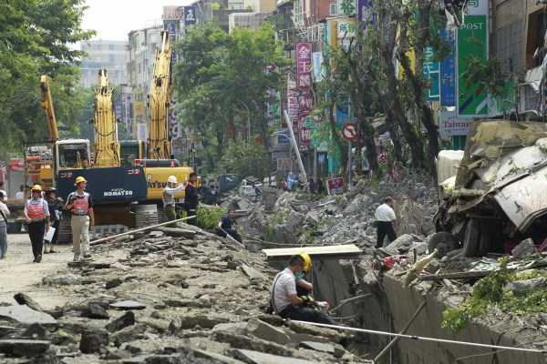 gas-explosion-in-taiwan (37)