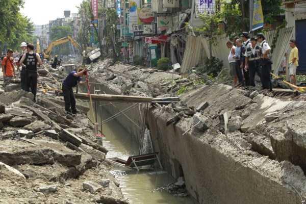 gas-explosion-in-taiwan (39)