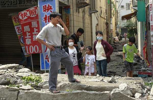 gas-explosion-in-taiwan (56)