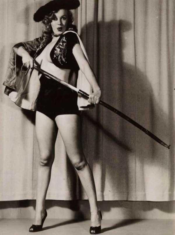 naked-marilyn-monroe (1)