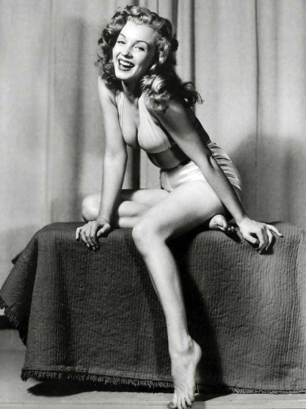 naked-marilyn-monroe (12)