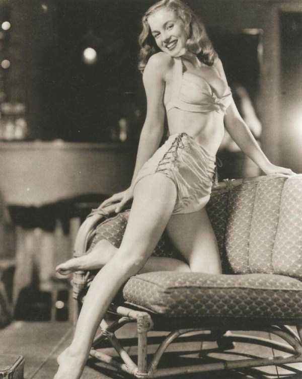 naked-marilyn-monroe (13)