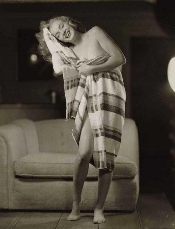 naked-marilyn-monroe (22)