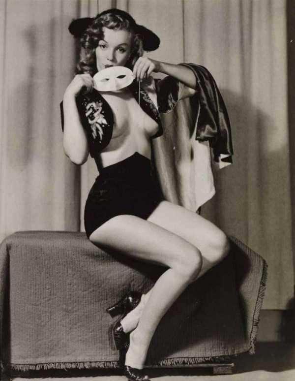 naked-marilyn-monroe (3)