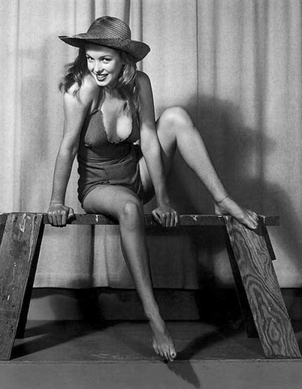 naked-marilyn-monroe (7)