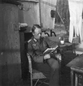 Rare Photos of Nazi Soldiers' Lives During World War II (81 photos) 35