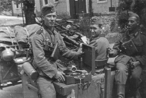 Rare Photos of Nazi Soldiers' Lives During World War II (81 photos) 77