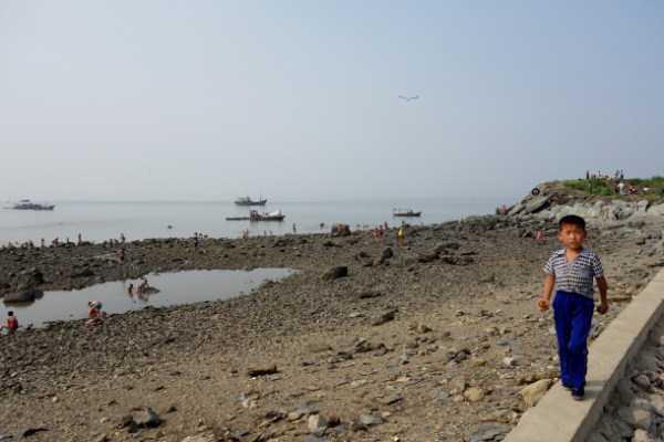 north-korea-beach (4)