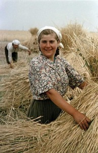 Rare Color Photos of Everyday Life in the Soviet Union in 1950s (30 photos) 14