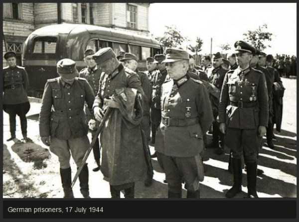 rare-historical-photos-from-world-war-ii-38