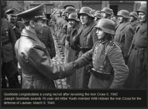 Rare and Precious World War II Photos (50 photos) 45