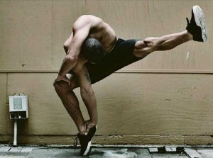 Amazing Photos Of A Dancer In Totally Insane Poses (20 photos) 16