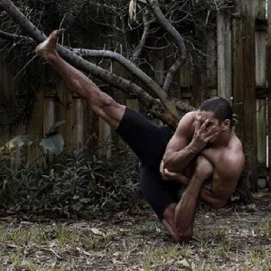 Amazing Photos Of A Dancer In Totally Insane Poses (20 photos) 17
