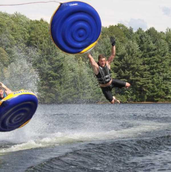 water-tubing-wipeouts (11)