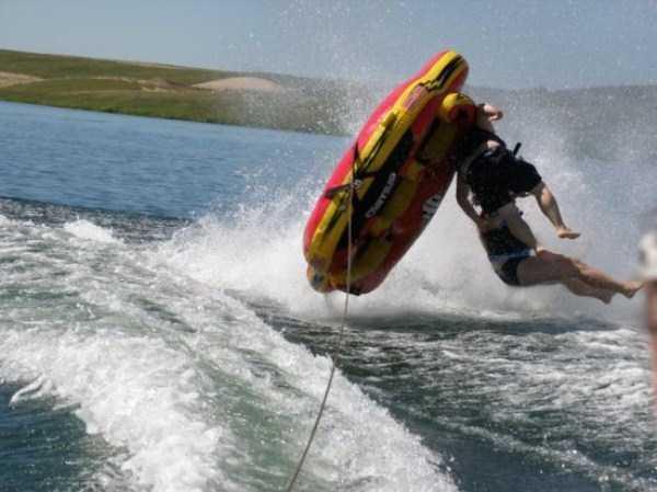 water-tubing-wipeouts (23)