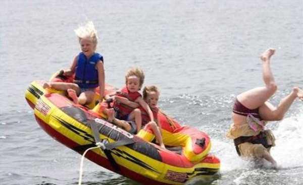 water-tubing-wipeouts (24)