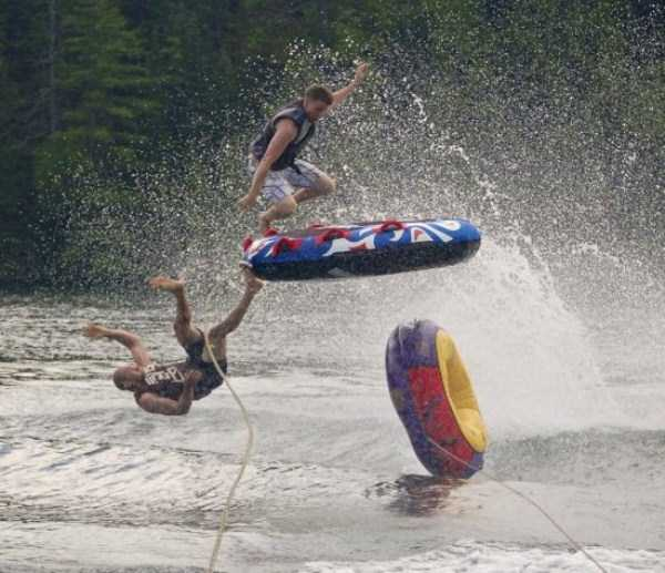 water-tubing-wipeouts (6)