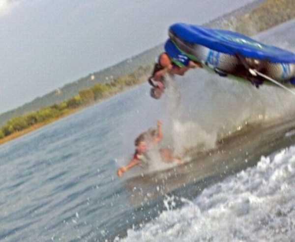 water-tubing-wipeouts (8)