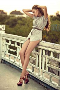 Hot Girls Showing Off Their Perfectly Shaped Legs (47 photos) 43