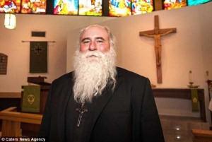 Meet the World's Strongest Priest (10 photos) 1