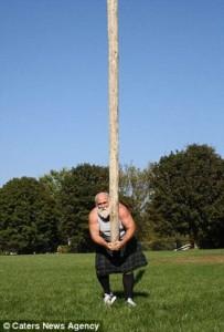 Meet the World's Strongest Priest (10 photos) 3