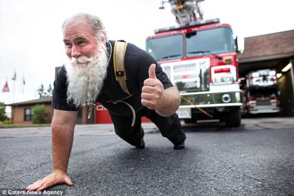 Meet the World's Strongest Priest (10 photos) 5