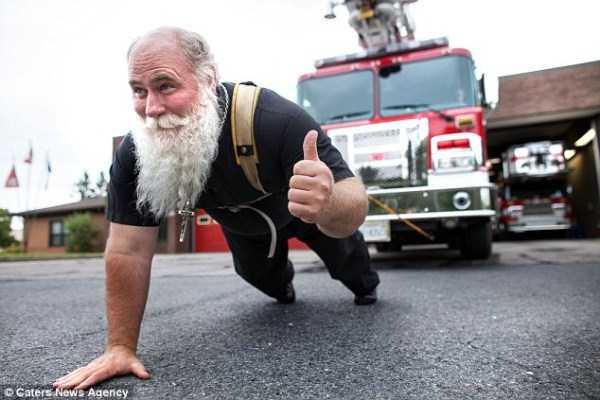 Meet the World's Strongest Priest (10 photos) 5