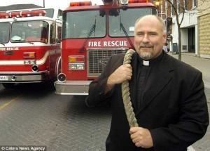 Meet the World's Strongest Priest (10 photos) 8