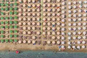Colorful Italian Beaches From Above (29 photos) 21