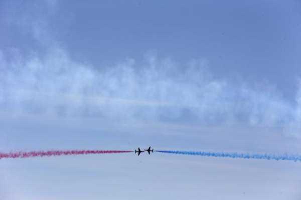 airplanes-doing-stunts (13)