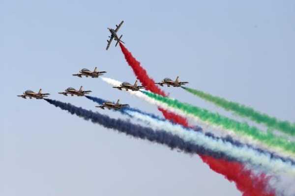 airplanes-doing-stunts (20)