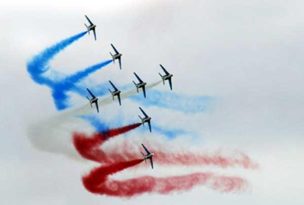 airplanes-doing-stunts (4)