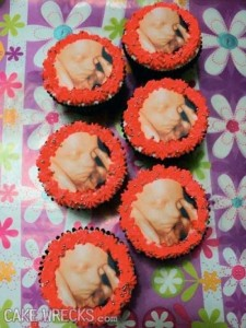 Terrible Birth-Related Cakes (27 photos) 4