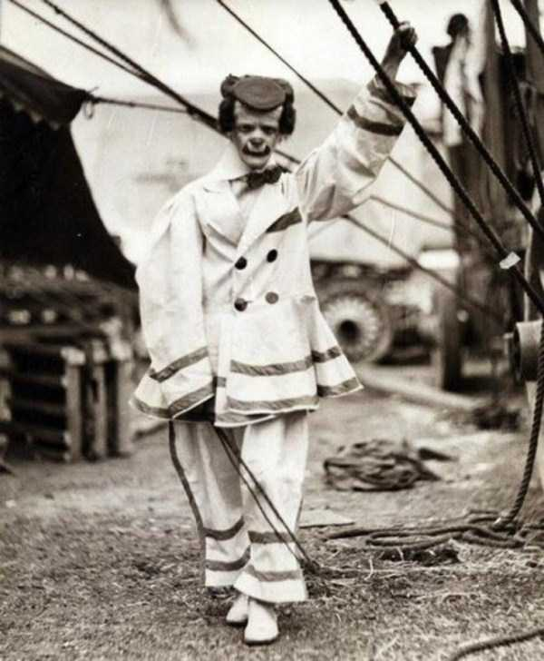 bizarre-photos-from-the-past (19)